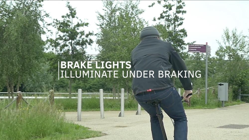 Smart Ford jakke med både blink og bremselys!