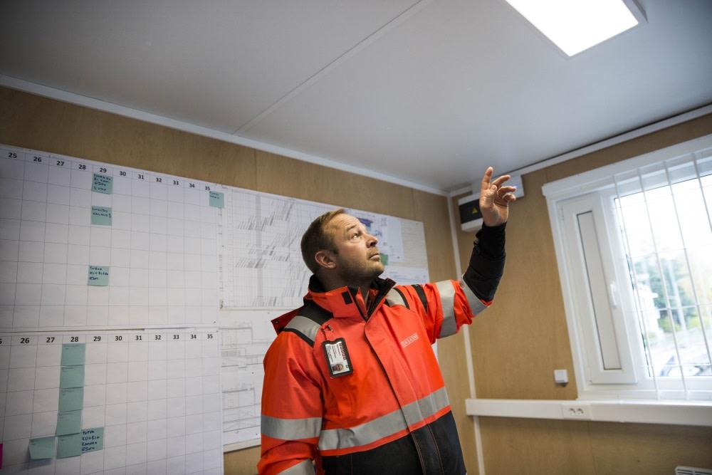 Moderneissa työmaatiloissa saavutetaan huomattava energiansäästö lämmityskustannuksissa, Kari Jäppinen muistuttaa.