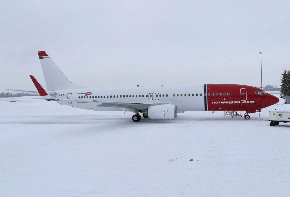 Norwegians aller siste Boeing 737-800-fly landet på OSL i formiddag