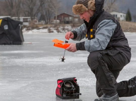 ICE FISHING TIP UPS: An Incredibly Easy Way To Catch Fish Through The Ice