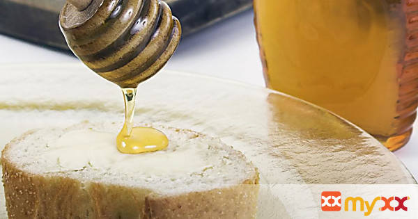 Goat Cheese and Honey Toasts