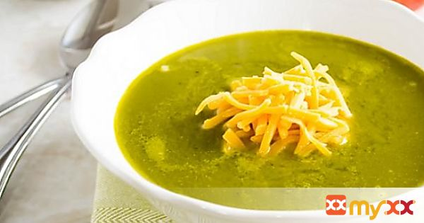 Apple spinach soup