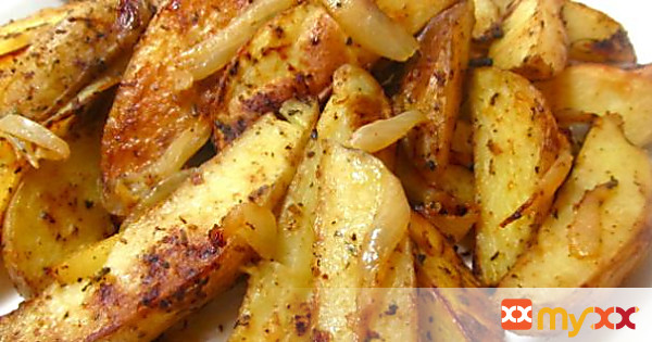 Baked Potato Wedges with Onions