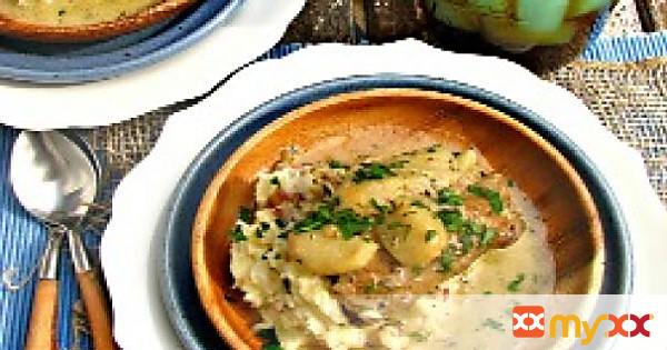 40 Cloves of Garlic Chicken