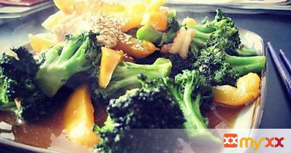 Broccoli Chicken w Shrimp Stir Fry