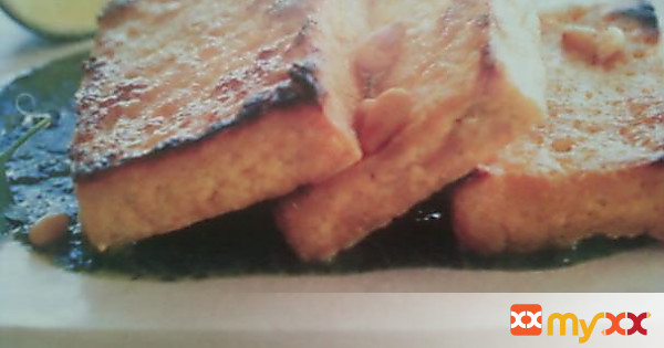 Broiled Tofu Over Cilantro Pesto