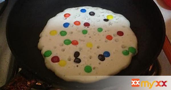 MnM Pancakes