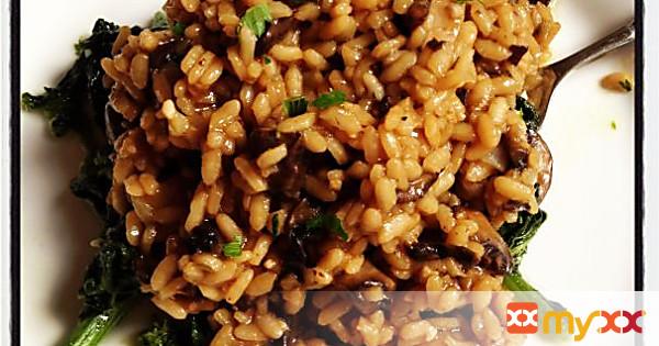Mushroom Risotto over Broccoli Rabe