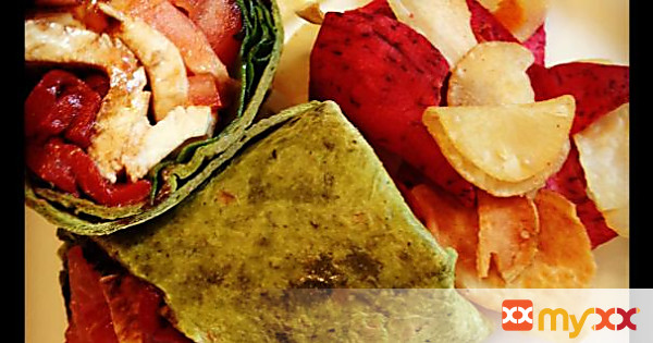 Quick & Delicious :: Caprese Salad Wrap