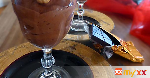 Recipe for a Light Chocolate Mousse