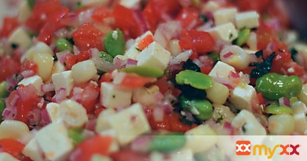 Solerito: Peruvian Fava Bean and Tomato Salad