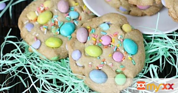Spring M&M Cookies