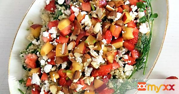 Strawberry, Nectarine and Quinoa Salad