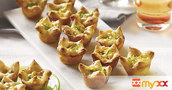 Turkey and Brie Puff Pastry Bites