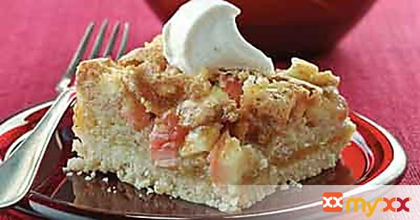 Apple Cookie Cake