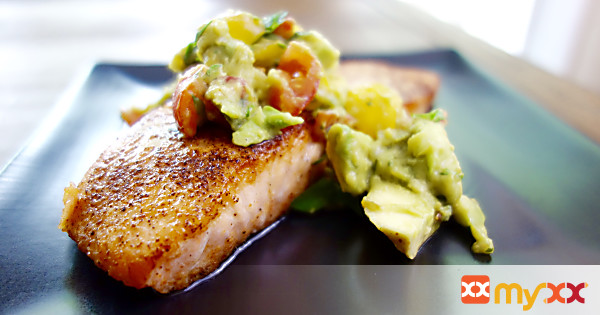 Seared Salmon with Guacamole