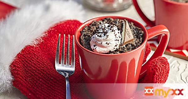 Double-Oreo Mug Cake