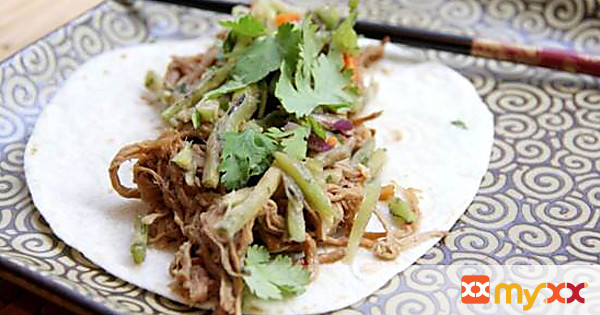 Slow Cooker General Tsos Pork Tacos with Orange Broccoli Slaw