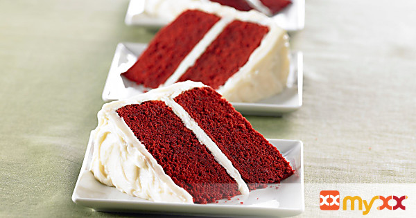 Red Velvet Cake with Vanilla Cream