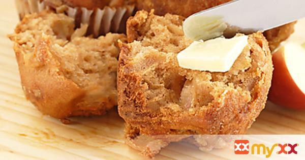 Sugar and Cinnamon Apple Muffins