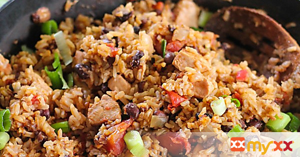 No-fuss black beans, chicken and rice 35 mins to make, serves 4-5