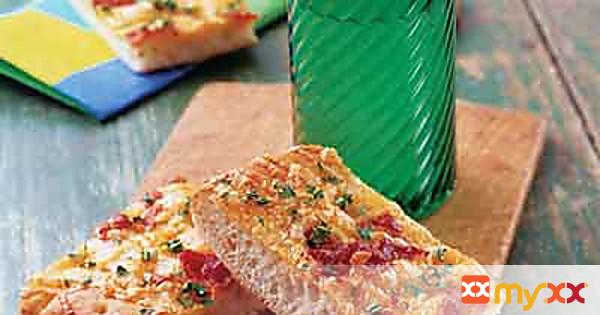 Cheesy Bacon Snack Bread