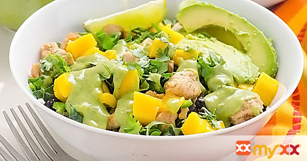 Chicken Quinoa Bowl with Mango and Black Beans