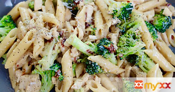 Chicken and Broccoli Penne Sun-Dried Tomato Alfredo