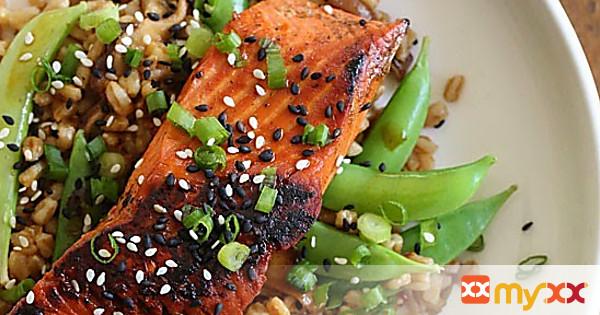 Asian Farro Medley with Salmon