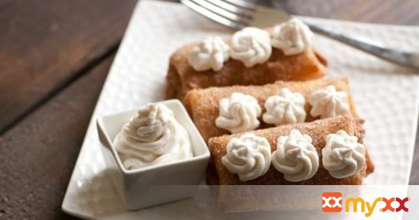 Apricot dessert chimichangas with mascarpone cream
