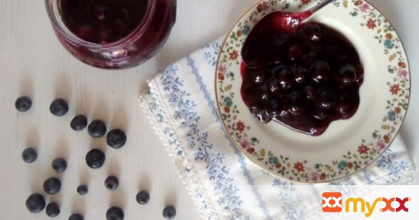 Blueberry Sauce for Pancakes and Waffles
