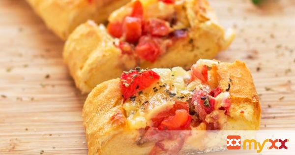 Breakfast Boat with Cheese, Bacon & Tomatoes