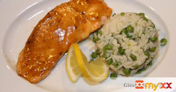 Broiled Salmon with Rice and Peas
