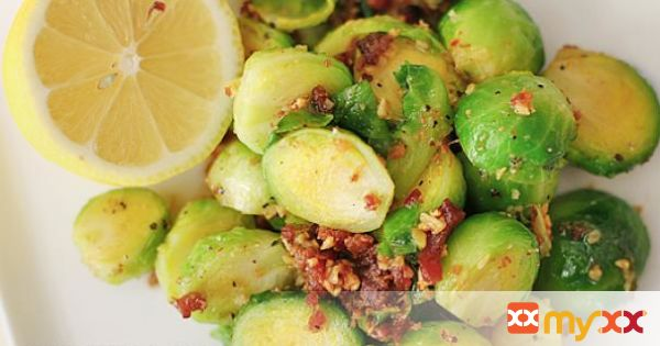 Brussel Sprouts in Bacon and Garlic Sauce