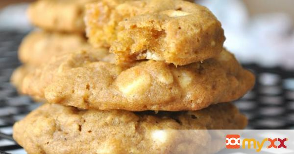 chewy white chocolate pumpkin oatmeal cookies