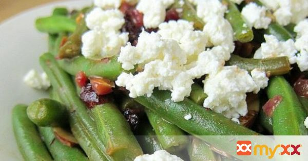 Green Beans with Cranberries, Almonds, and Goat Cheese in a Fig Balsamic Glaze