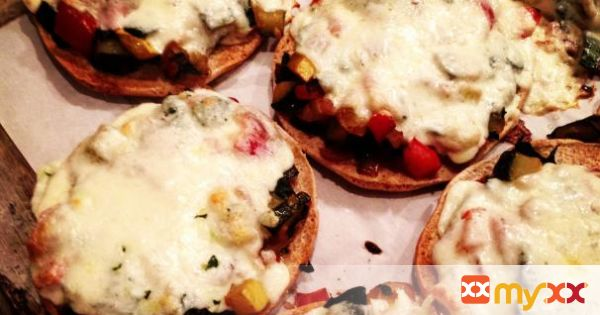 Meatless Mondays :: Veggie Melts