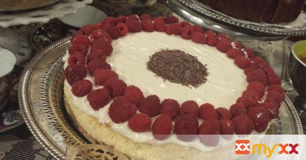 Miss Daisy's Eggnog Cheesecake