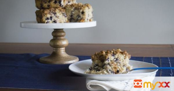 Moist Blueberry Coffee Cake