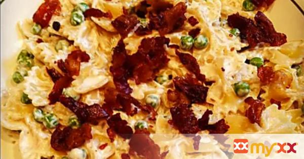 Farfalle & Peas in a Light Cream Sauce with Prosciutto