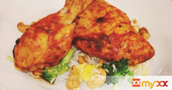 Oven rôtisserie chicken with broccoli and cashew nut rice