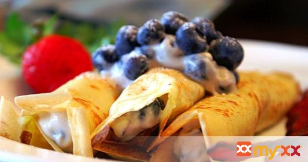 Reduced Fat Blueberry Cheesecake Crepes