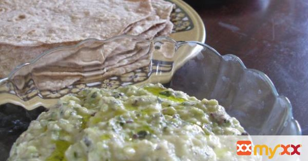 Roasted courgette (zucchini) dip