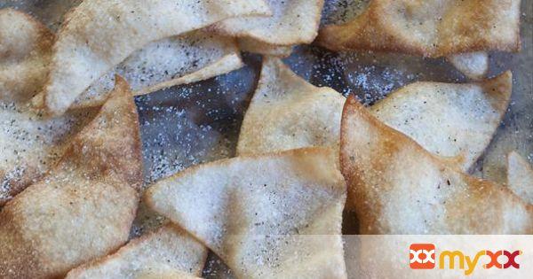 Wonton Chips with White Tea Salt