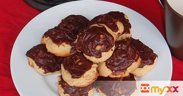 Turtle Cookies with Chocolate Frosting