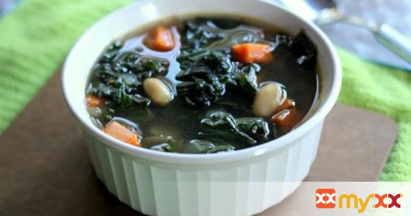 Sweet Potato, Kale & White Bean Soup