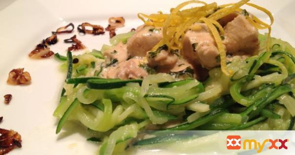 Tangy Lemon Chicken with Zucchini Spaghetti