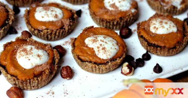 Vegan Mini Chocolate Pumpkin Pie