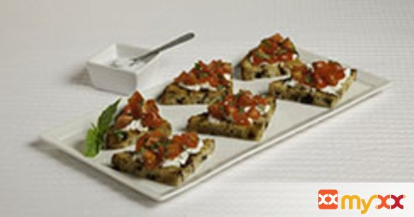 Raisin Crostini Appetizers