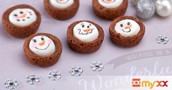 Marshmallow Snowman Blondie Bites